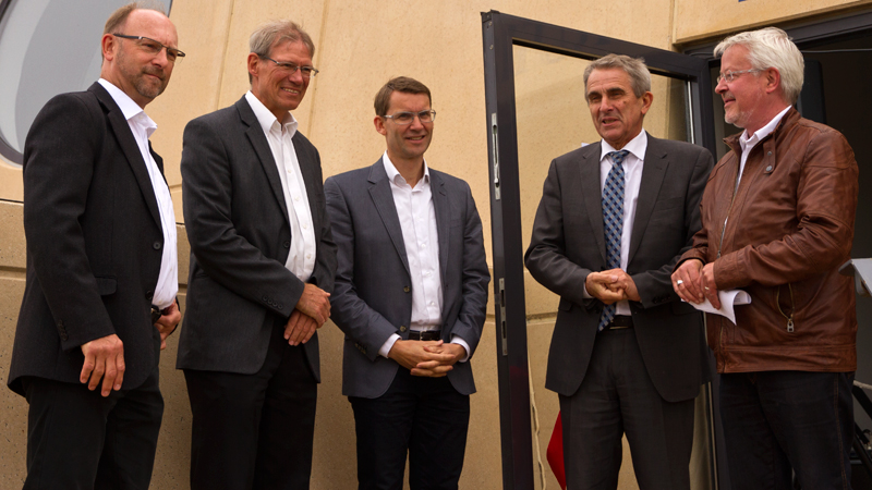 KOLLISION: 25.06.2012 A POWERPLANT AT SEA, image: 26 Exhibition opening speakers. From left: CEO Jens F. Hansen, A2SEA; Project Director Flemming Thomsen, DONG Energy; Project Manager Jens Møller, Siemens Wind Power; Steen Gade, MP & Mayor Jan Petersen, Norddjurs Municipality.