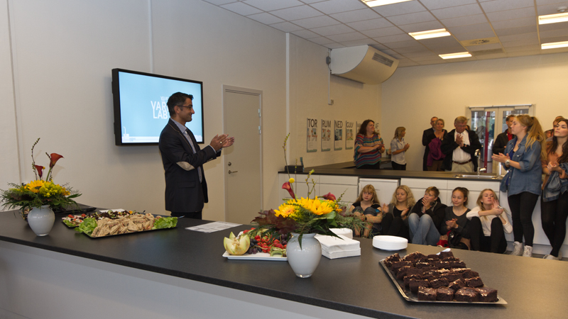 KOLLISION: 15.09.2012 HEAT LAB, image: 27 Alderman Bünyamin Simsek opens the educational school service